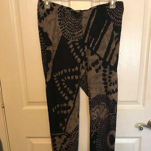 New Leggings Size 2 Black/ Champagne Print Torrid
